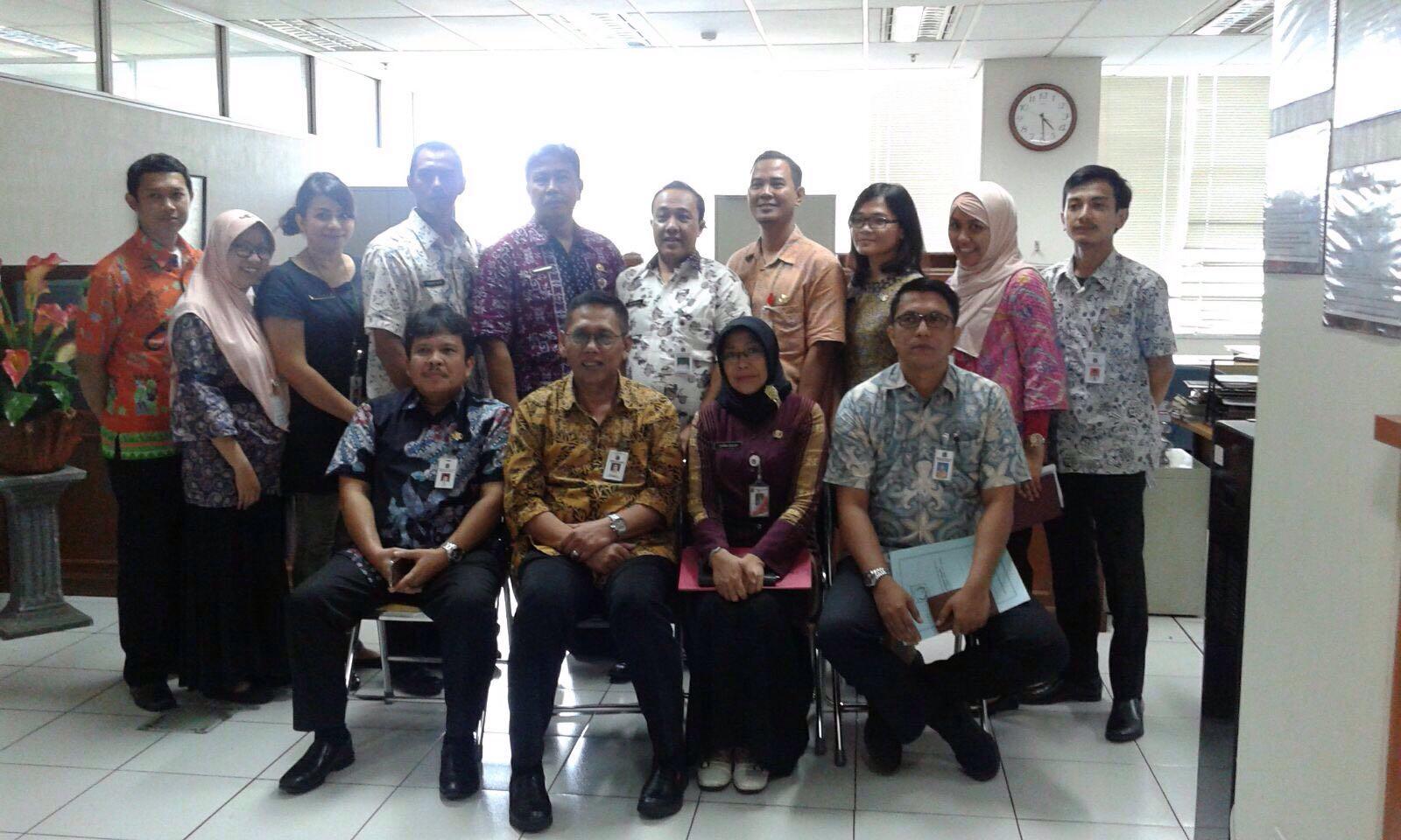UPPD Gambir bersama Kadis Pelayanan Pajak