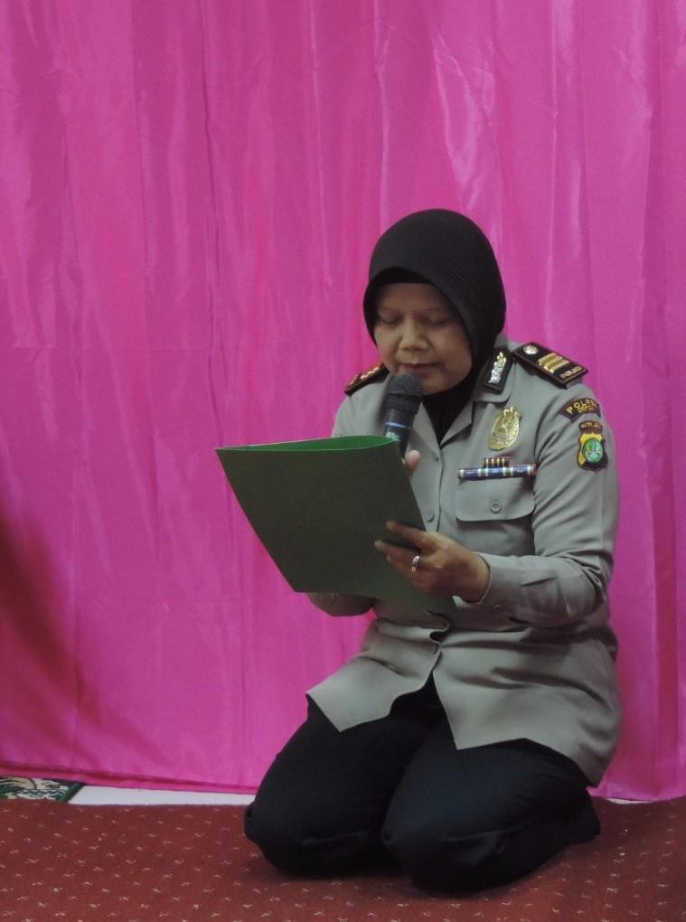 Ibu Agus Bambang Setiowidodo, Ketua DWP DPP