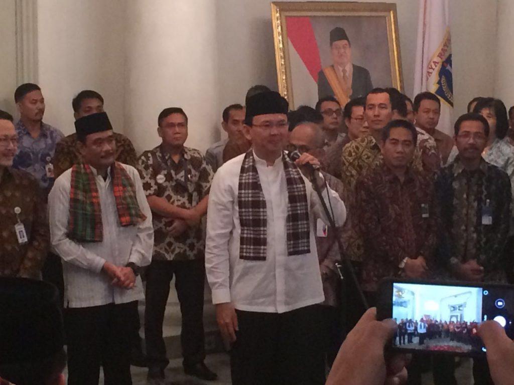 Gubernur me-launching e-samsat dan e-pajak serta layanan lainnya