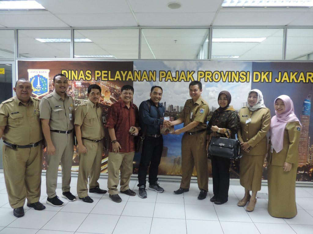 Kota Surabaya Dalami Pengawasan Pajak dengan Online