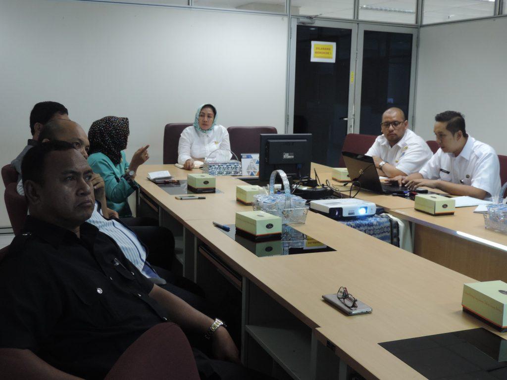 Penjelasan tentang Pajak Daerah di Jakarta oleh Ka. Humas DPP kepada rombongan DPKAD Provinsi Gorontalo