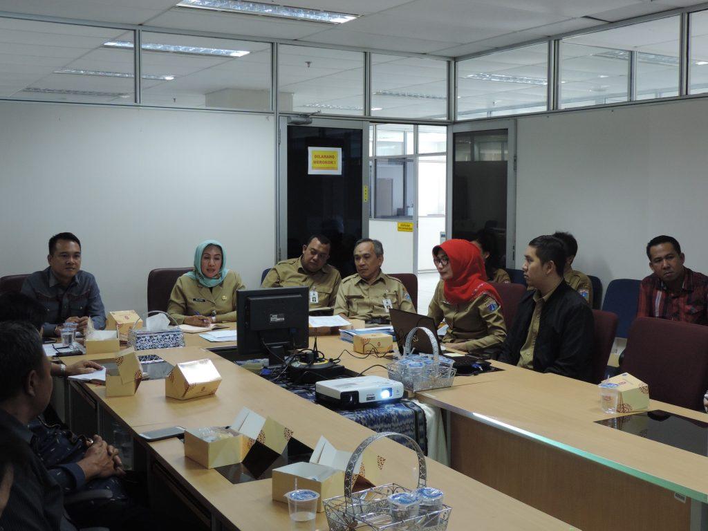Paparan Pajak Daerah bagi DPRD Minahasa oleh Ka. Unit PPLI dan Kasudin Pajak Jakarta Timur