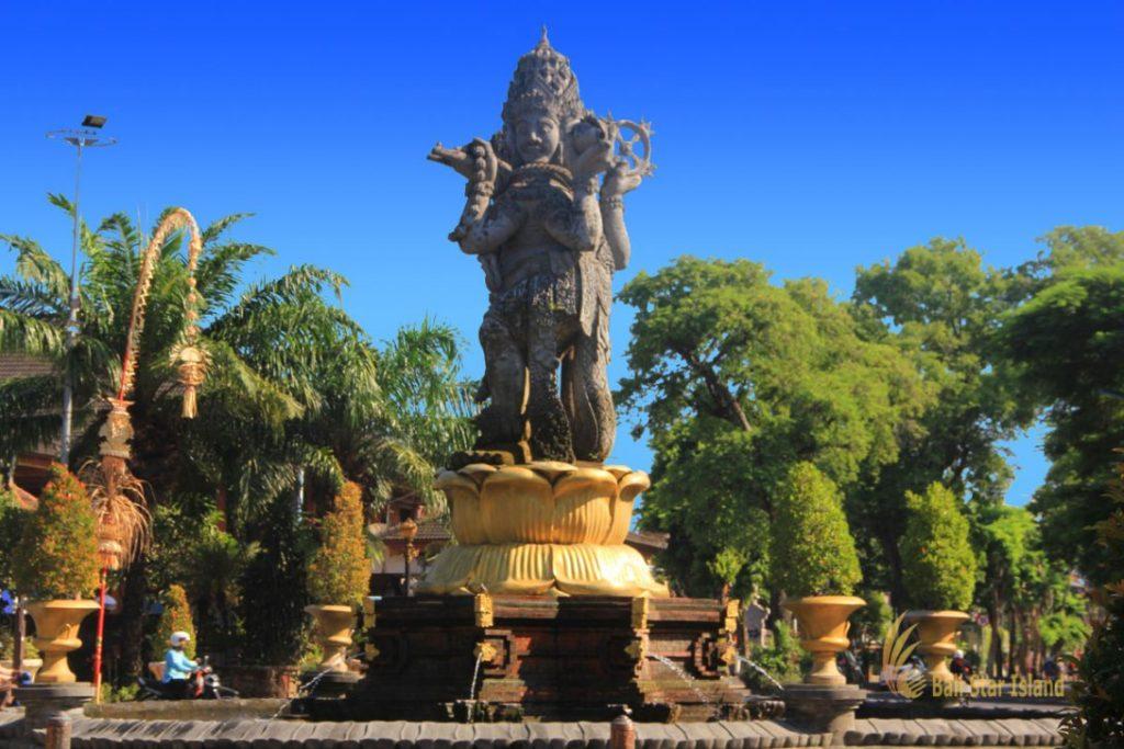 Patung 4 muka di Kota Denpasar-Bali