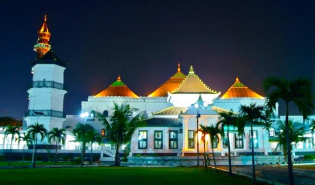 Masjid Agung Sultan Mahmud Palembang