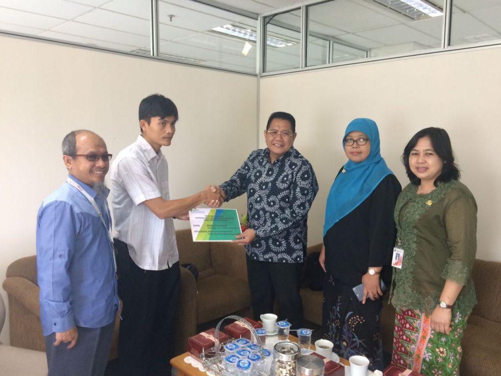 Penyerahan Santunan BPJS Ketenagakerjaan untuk Pegawai PHL BPRD